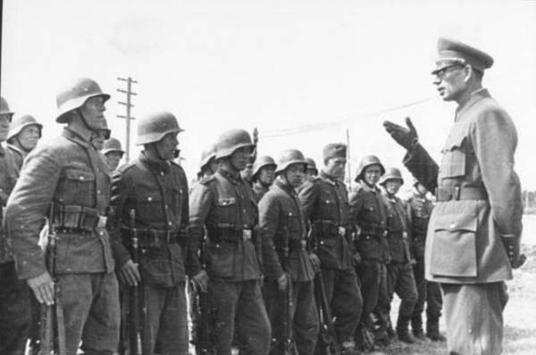 Генерал Власов.  История предательства