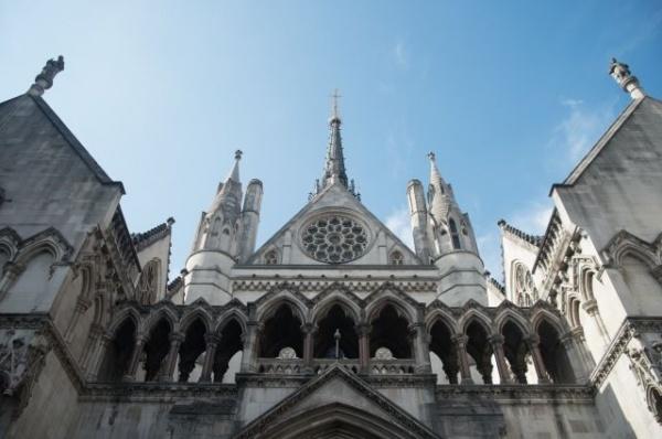 Финансы: Высокий суд Лондона обязал Киев выплатить РФ 3 миллиарда долларов