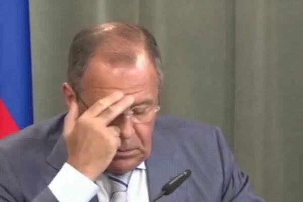 Политика: Когда политики забывают о включенном микрофоне