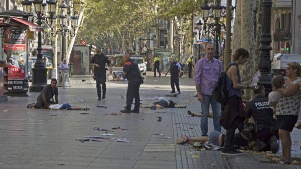 Терроризм: Теракт в Барселоне