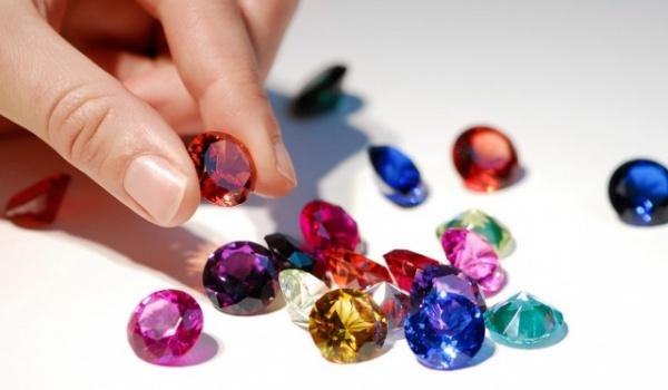 Криминал: С выставки на ВДНХ похитили драгоценные камни на 50 миллионов
