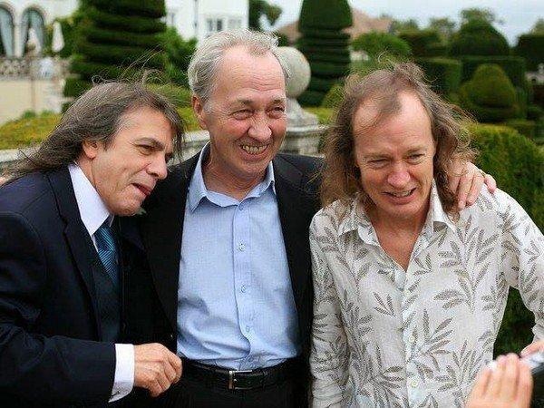 Личность: Умер бывший участник и продюсер AC/DC Джордж Янг