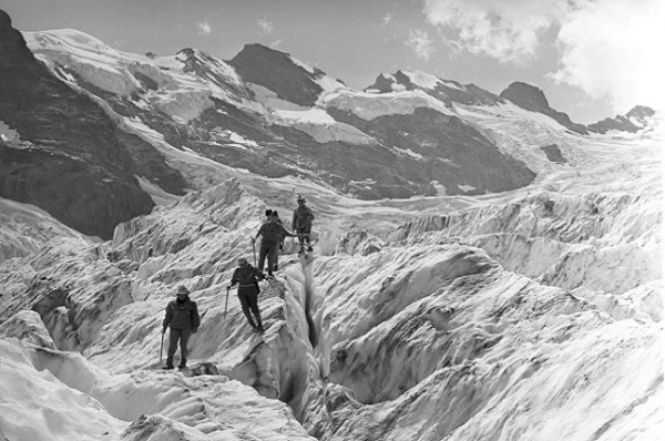 Происшествия: Смерть на пике Ленина: тайна крупнейшей трагедии в истории альпинизма