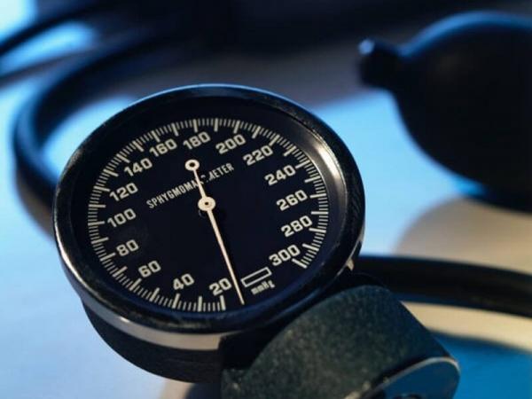 Здоровье: Медики установили новый стандарт безопасного значения кровяного давления
