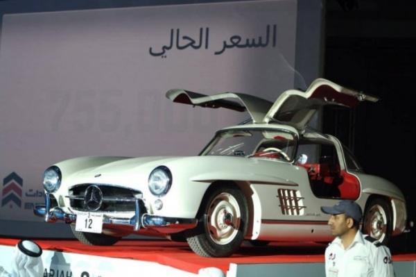 Безумный мир: Три миллиона долларов за автомобильный номер
