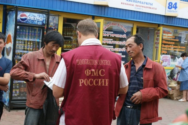 Право и закон: За нелегалов теперь будут штрафовать на полмиллиона рублей