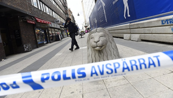 Происшествия: В Стокгольме возле станции метро прогремел взрыв