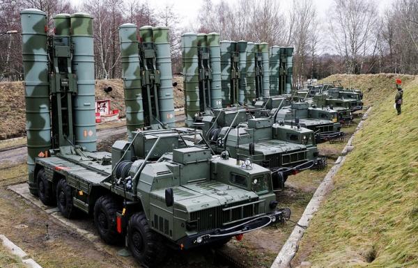 Новости: В Севастополе на боевое дежурство заступили ЗРК С-400 Триумф