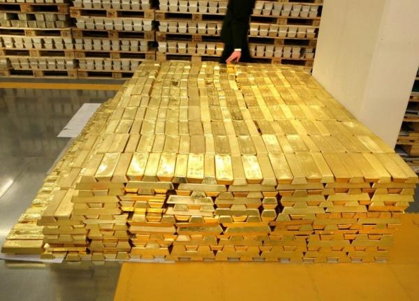 Финансы: Немецко-американское золото. Где находится золотой запас Германии?