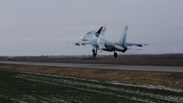 Война: Минобороны сообщило о сбитом боевиками в Сирии российском штурмовике
