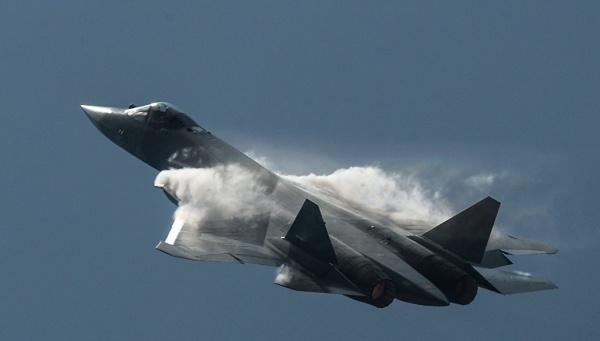 Новости: Новейшие истребители Су-57 приняли в опытно-боевую эксплуатацию