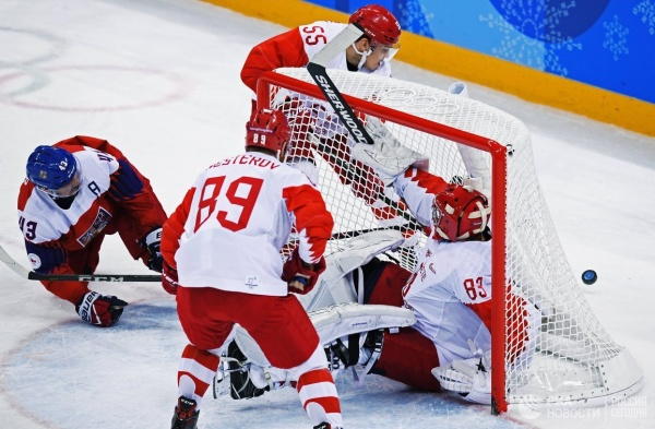 Спорт: Российские хоккеисты вышли в финал Олимпиады