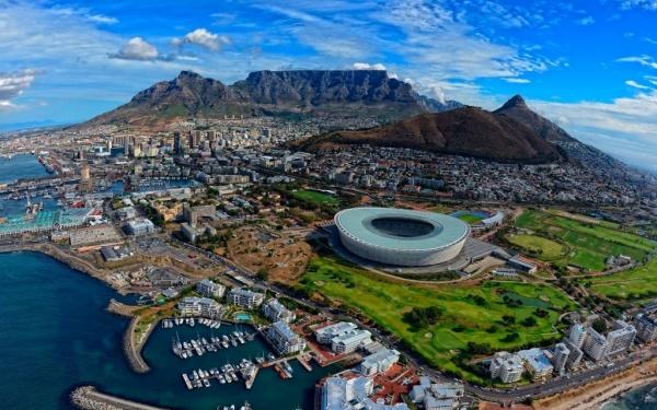 Страны: Парламент ЮАР принял закон о безвозмездной конфискации земель у белого населения (хана стране)