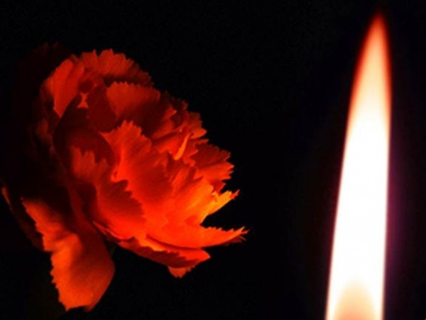 Общество: Владимир Путин подписал указ об объявлении траура в России 28 марта в связи с гибелью людей при пожаре в ТЦ в Кемерове.