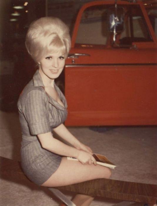 Картинки: Модницы 60-х :-)