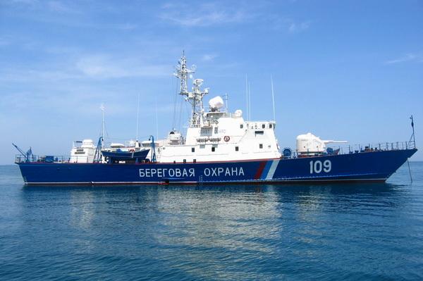 Новости: Российские погранцы начали задерживать для досмотра суда, идущие в Мариуполь