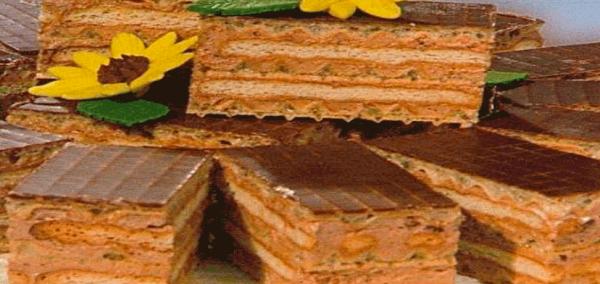 кухня: Торт из печенья и вафель без выпечки