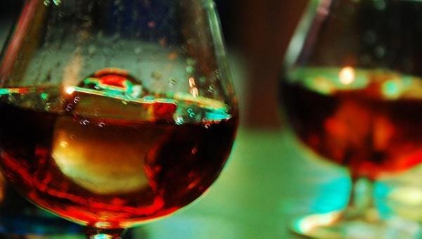 Здоровье: Ученые назвали допустимую дозу алкоголя
