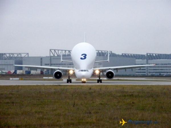 Интересное: BelugaXL совершил первый полет