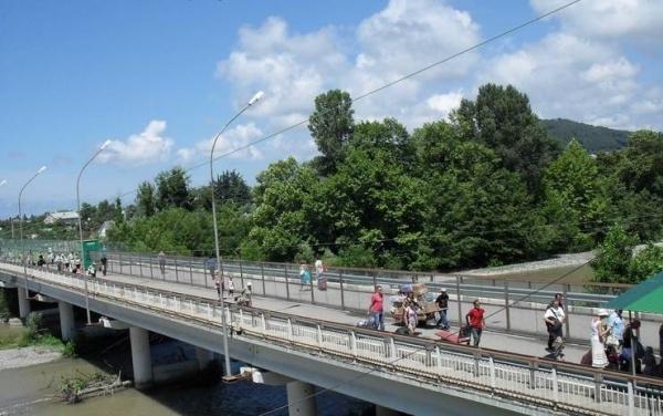 Происшествия: Школьник из Абхазии *случайно* пересёк границу, когда искал, где почитать книгу