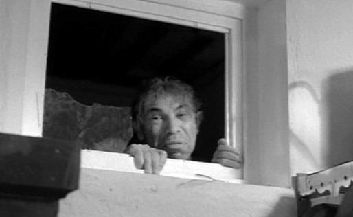Интересное: Зачем в советских санузлах окно?