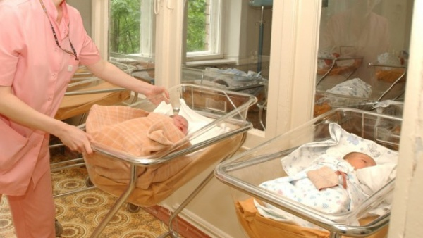 Семья: Самые необычные имена новорождённых в Москве с начала года