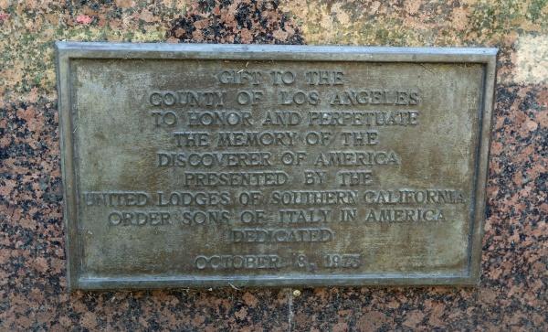 Безумный мир: В США демонтировали памятник Христофору Колумбу