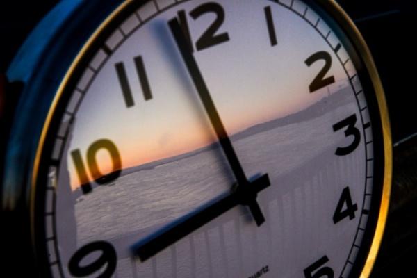 Новости: В России предлагают вернуть летнее время