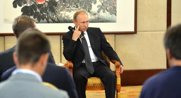 Политика: Путин ответил Киеву на закрытие границ для граждан России