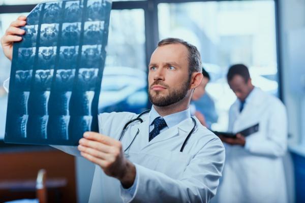 Здоровье: Минздрав расширяет перечень бесплатных услуг по ОМС