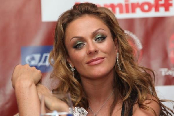 Личность: Певица Юлия Началова умерла в больнице в Москве на 39-м году жизни