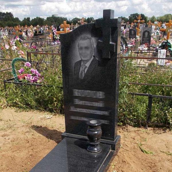 Реклама1: Как купить гранитные памятники на могилу от Данила-Мастер в Москве