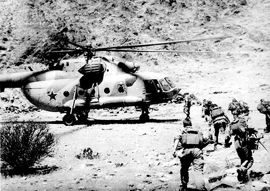 Война: Десант на гору Яфсадж: чего стоила ошибка пилотов советским разведчикам в Афгане