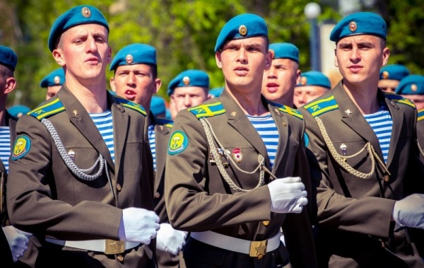 Интересное: В Госдуме опровергли данные о смене цвета погон ВДВ