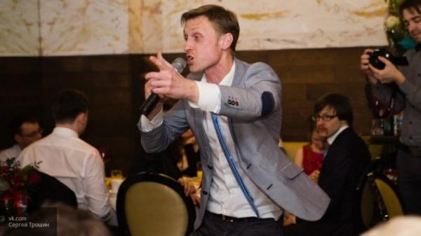 Безумный мир: Член питерского «Яблока» пообещал сделать Петербург столицей ЛГБТ