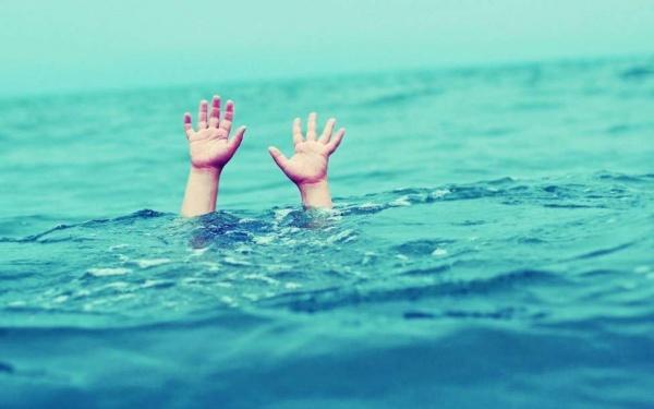 Полезные советы: как понять, что человек тонет?
