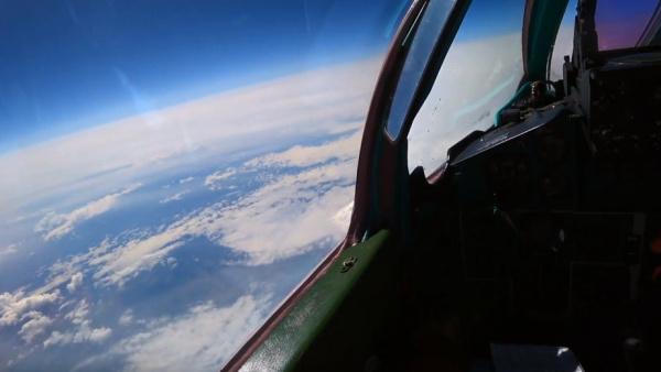 Интересное: Воздушный *бой* МиГ-31 в стратосфере