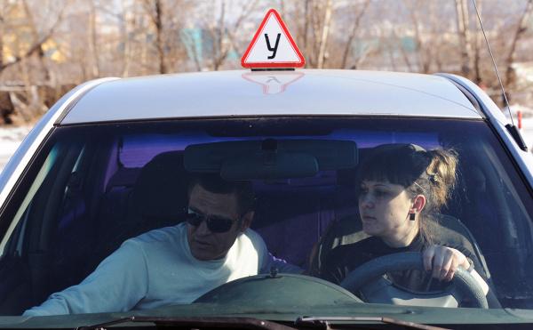 Право и закон: МВД предложило разрешить несовершеннолетним водить машины после экзаменов
