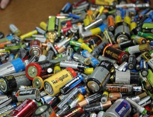 Новости: В России запретят выбрасывать батарейки вместе с другими отходами