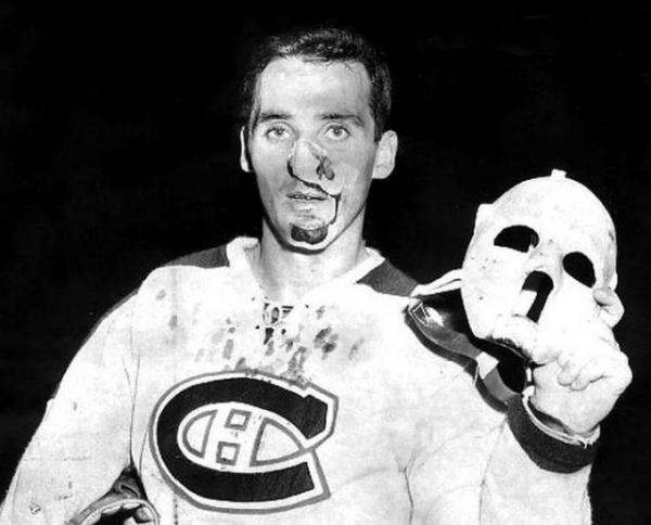 Спорт: Когда хоккейные вратари начали играть в масках