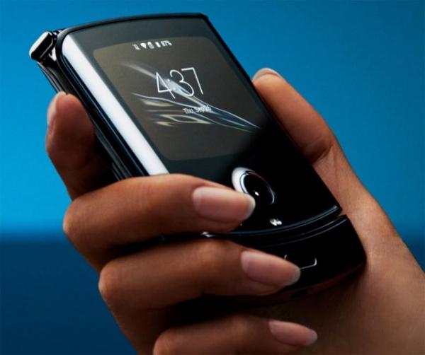 Интересное: Motorola Razr: гибкий 6,2 экран Flex View, поддержка eSIM и цена 00