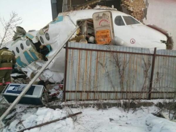 Происшествия: Утром 27 декабря в Алматы упал самолет авиакомпании Bek Air