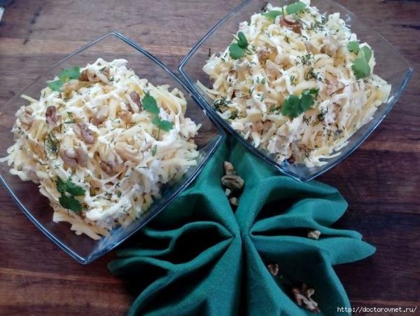 Полезные советы: Вкуснейший салат за 5 минут на новогодний стол