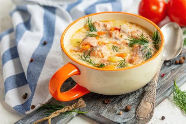 Полезные советы: Сливочный суп с лососем: хорош после новогодних праздников