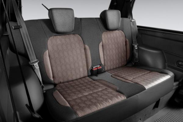 Интересное: Начались продажи обновленной Lada 4x4