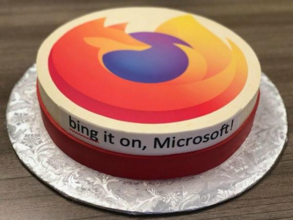 Интересное: Google и Mozilla прислали Microsoft поздравительные торты в честь выпуска браузера Edge