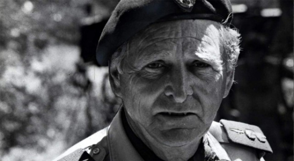 Война: Умер легендарный наёмник Майкл Хоар - «Бешеный Майк»