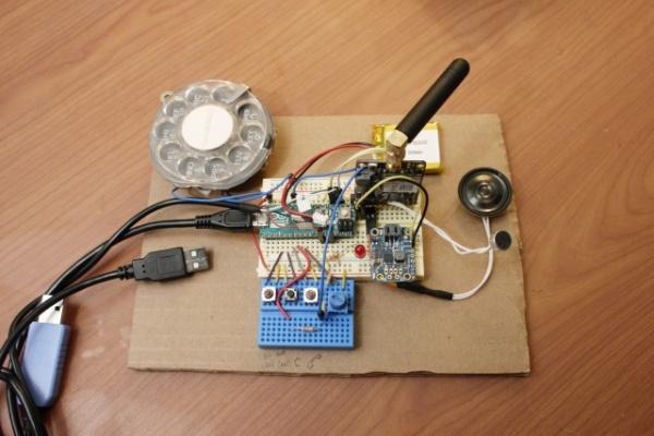 Блог djamix: Инженер из США собрала мобильный телефон с дисковым набором номера