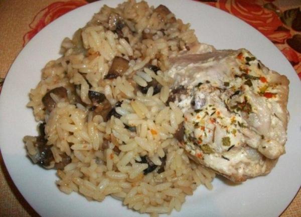 кухня: Курица на пару с рисом и грибами в мультиварке