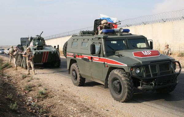Новости: Российская военная полиция введена в отбитый у боевиков Саракиб